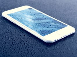 Why Do iPhones Suddenly Die in the Cold