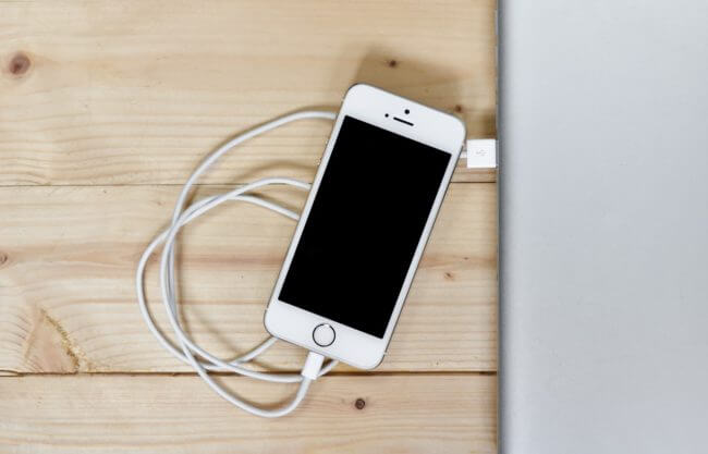 Myths About Charging Smartphone Battery Charger