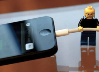5 ways to charge iPhone without charger | Alternative charger